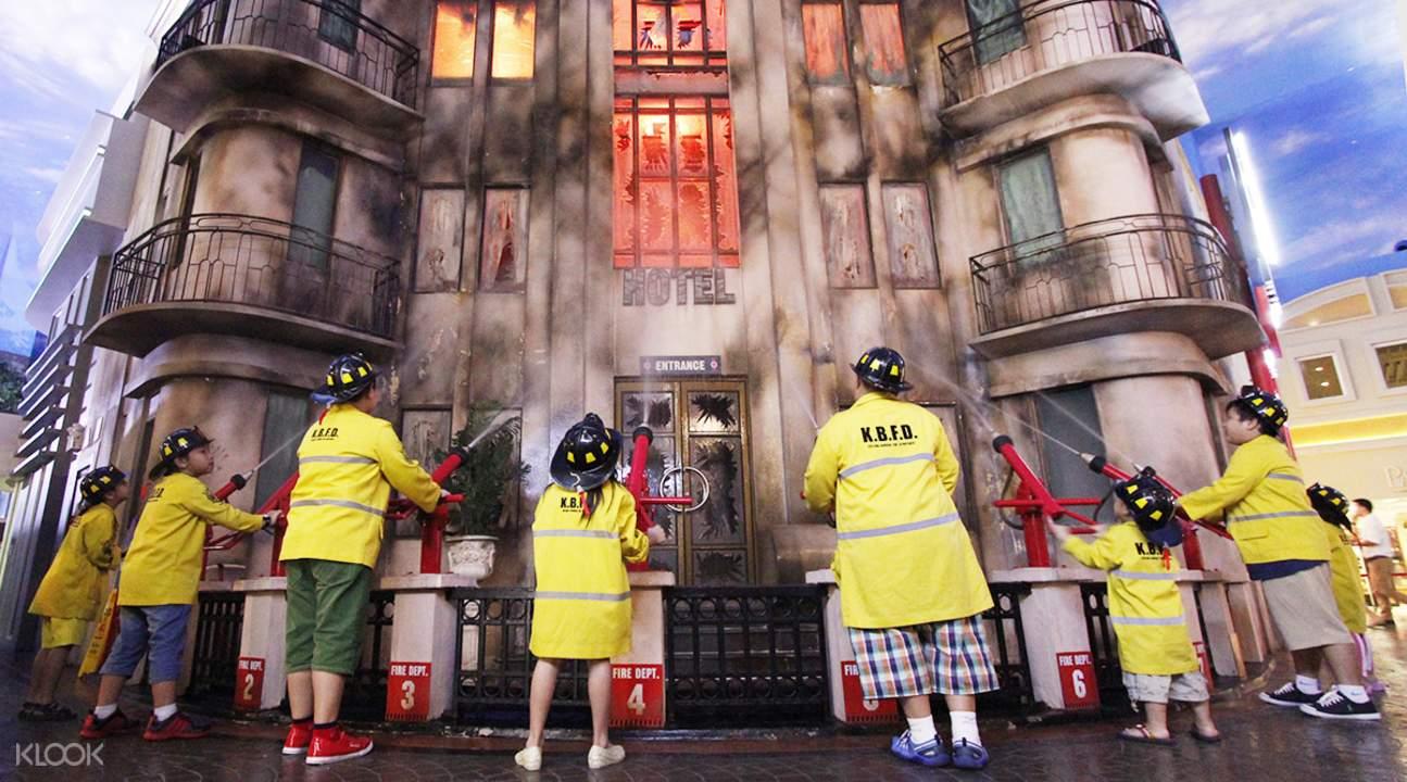 firemen kidzania bangkok